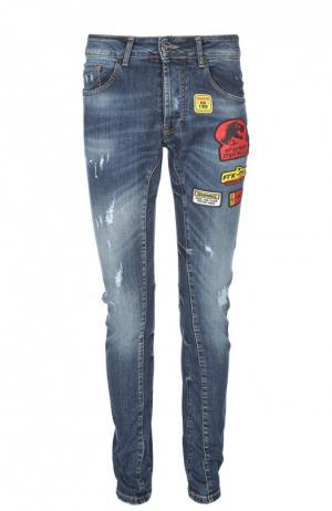 Зауженные джинсы с нашивками Frankie Morello. Цвет: темно-синий