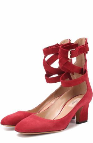 Замшевые туфли Plum с ремешками на щиколотке Valentino. Цвет: красный
