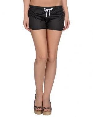 Пляжные брюки и шорты PANTONE UNIVERSE by SONIA SPENCER. Цвет: черный