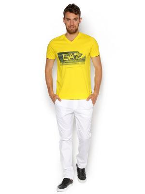 Брюки EA7. Цвет: белый