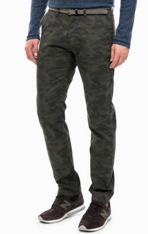 Зауженные брюки с камуфляжным принтом TOM TAILOR. Цвет: хаки