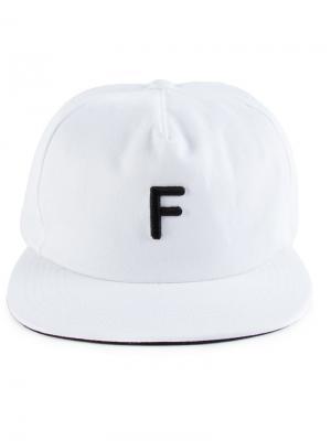 F cap Futur. Цвет: белый