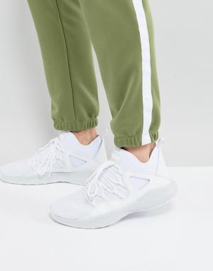 Jordan Белые кроссовки Nike Formula 23 881465-120. Цвет: белый