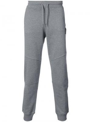 Классические спортивные брюки Belstaff. Цвет: серый