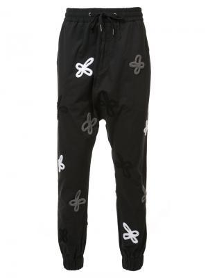 Спортивные брюки с вышивкой Haculla. Цвет: чёрный
