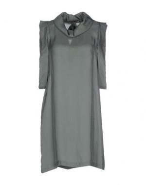 Короткое платье DEVOTION. Цвет: зеленый-милитари