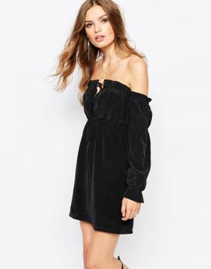 Stone Cold Fox Черное шелковое платье River. Цвет: черный