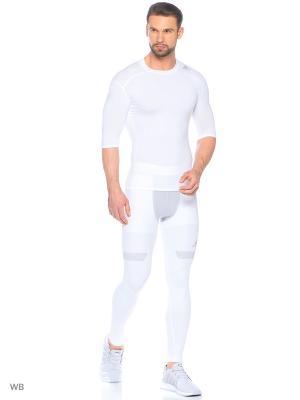 Тайтсы Adidas. Цвет: белый