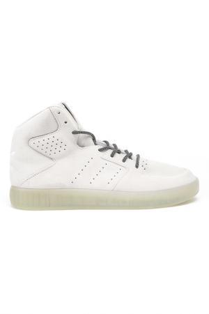 Кеды adidas. Цвет: бежевый