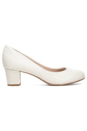 Туфли Beira Rio. Цвет: белый