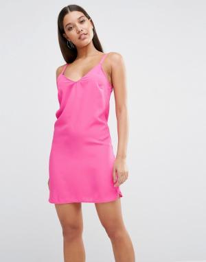 Lipsy Платье мини с V-образным вырезом сзади. Цвет: розовый