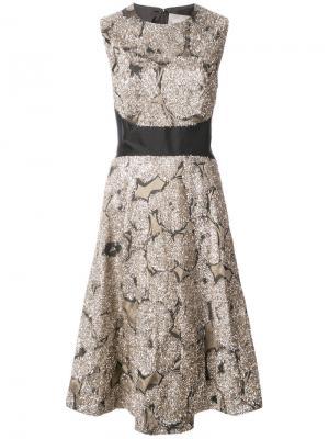 Платье с блестящими заплатками Lela Rose. Цвет: металлический