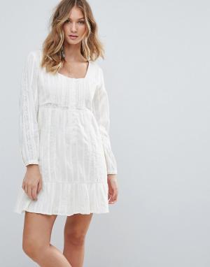 Deby Debo Платье Cockers. Цвет: белый