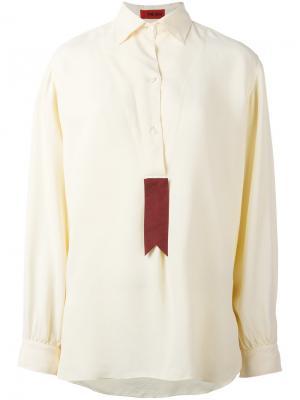 Рубашка с контрастной вставкой The Gigi. Цвет: телесный