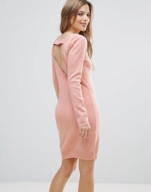 The English Factory Платье-джемпер с лямками на спине. Цвет: розовый