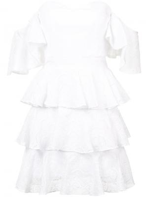 Многоярусное платье с открытыми плечми Caroline Constas. Цвет: белый
