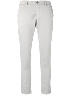 Укороченные брюки с подвернутыми манжетами Fay. Цвет: серый