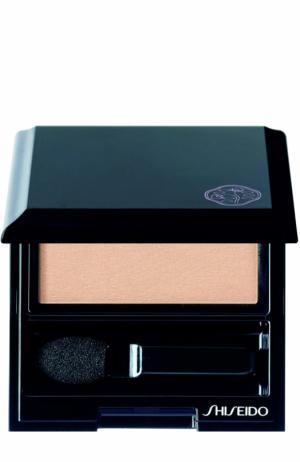Тени для век с шелковистой текстурой, оттенок BE701 Shiseido. Цвет: бесцветный