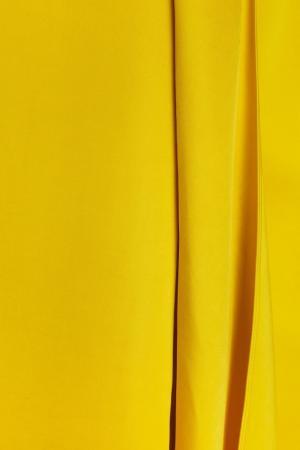 Однотонное платье Victoria Beckham. Цвет: желтый