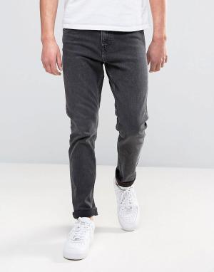 Weekday Суженные книзу черные выбеленные джинсы Sunday. Цвет: черный