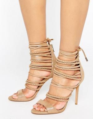 Forever Unique Сандалии на каблуке с ремешками Maple. Цвет: бежевый