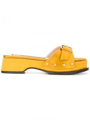 Атласные босоножки с пряжкой Nº21. Цвет: жёлтый и оранжевый