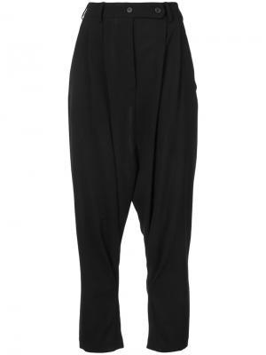 Зауженные брюки мешковатого кроя Forme Dexpression D'expression. Цвет: чёрный