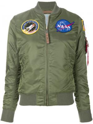 Куртка MA-1 Nasa с заплатками Alpha Industries. Цвет: зелёный