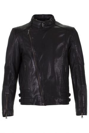 Куртка SUMMIT. Цвет: черный