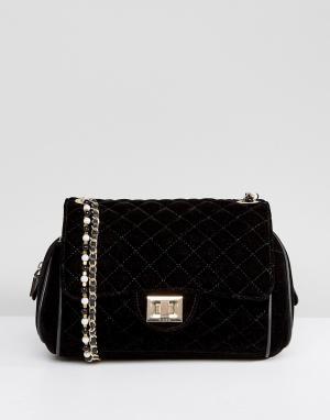 Marc B Бархатная сумка через плечо с жемчужной отделкой Knightsbridge. Цвет: черный