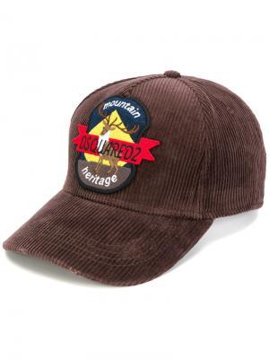 Бейсболка с заплаткой Dsquared2. Цвет: коричневый