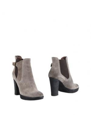 Полусапоги и высокие ботинки LORENZO MARI. Цвет: светло-серый