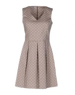 Короткое платье HOPE COLLECTION. Цвет: голубиный серый