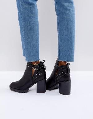 Miss KG Ботильоны на каблуке с заклепками Taffy. Цвет: черный