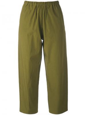 Укороченные брюки Apuntob. Цвет: зелёный