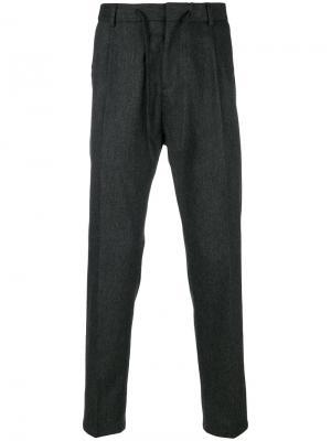 Плиссированные брюки с эластичным поясом Paolo Pecora. Цвет: серый