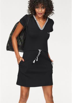 Платье Kangaroos. Цвет: темно-синий, черный