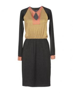 Платье длиной 3/4 JO NO FUI. Цвет: черный