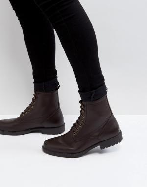 ASOS Коричневые ботинки из зернистой искусственной кожи на шнуровке. Цвет: коричневый