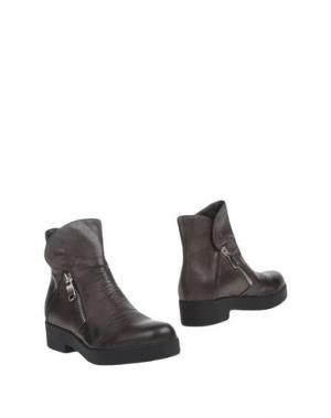 Полусапоги и высокие ботинки OVYE' BY CRISTINA LUCCHI. Цвет: стальной серый