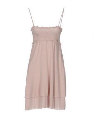 Короткое платье NIOI. Цвет: розовый