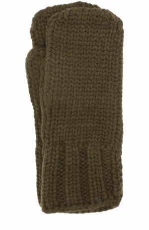 Варежки фактурной вязки Tegin. Цвет: хаки
