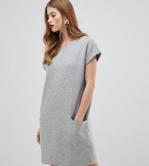Y.A.S Шерстяное платье с большими карманами. Цвет: серый