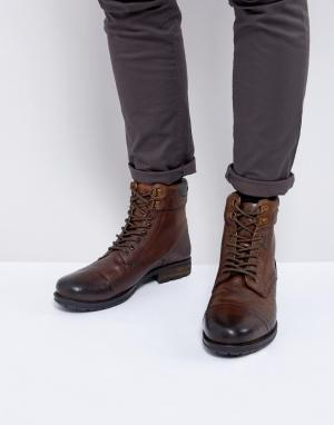 Kurt Geiger London Коричневые ботинки на шнуровке Rayn. Цвет: рыжий