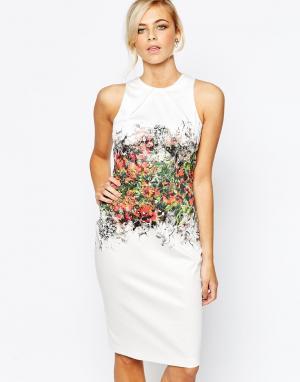 Closet London Платье-футляр с эффектным цветочным принтом. Цвет: мульти
