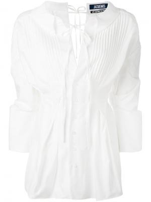 Блузка с плиссированным нагрудником Jacquemus. Цвет: белый