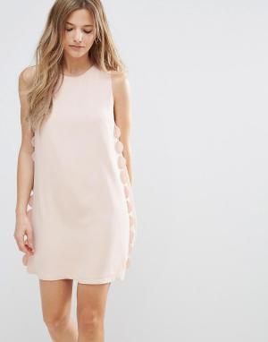 The English Factory Свободное платье с фигурной отделкой. Цвет: розовый