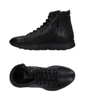 Высокие кеды и кроссовки ROYAL REPUBLIQ. Цвет: черный