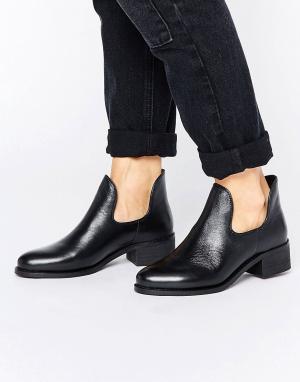 Park Lane Низкие ботинки. Цвет: черный