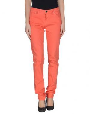 Джинсовые брюки MORGAN DE TOI. Цвет: коралловый